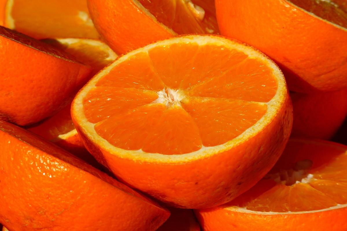 Konfitüren mit 82% Fruchtgehalt